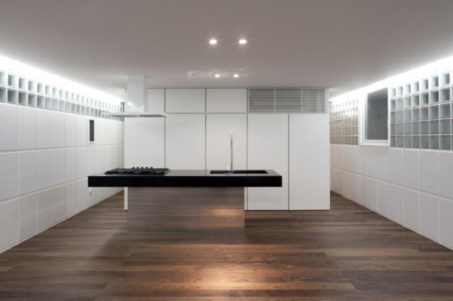 FLODEAU.COM-Atelier-Tekuto-Crystal-Brick-Ⅱ-13-1024x682