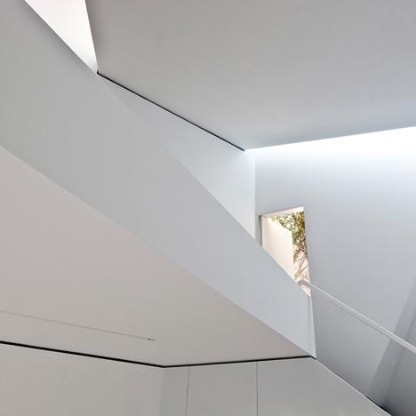 dezeen-ministudio-by-frentearquitectura-1
