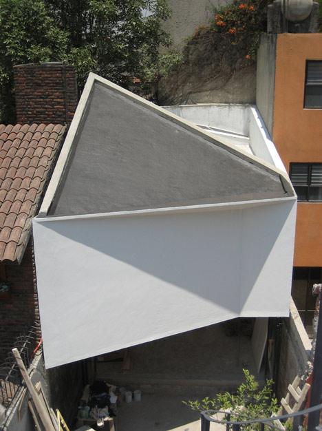 dezeen-ministudio-by-frentearquitectura-14