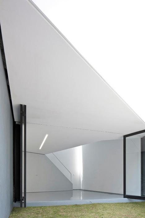 dezeen-ministudio-by-frentearquitectura-4