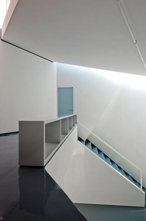 dezeen-ministudio-by-frentearquitectura-9