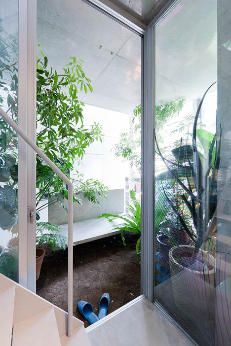 dezeen_Garden-and-House-by-Ryue-Nishizawa_4a