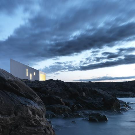 Dezeen_Squish-Studio-by-Saunders-Architecture_15