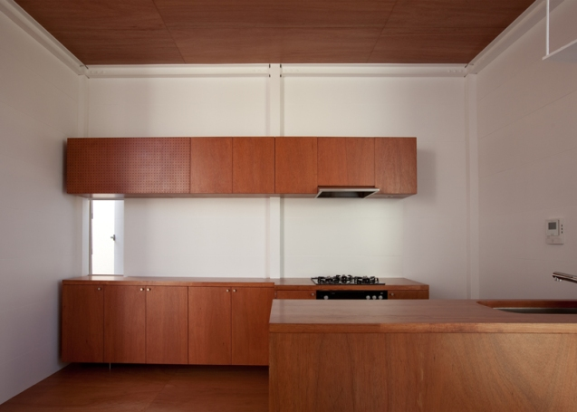 dezeen_Small-House-by-Unemori-Architects_ss_18