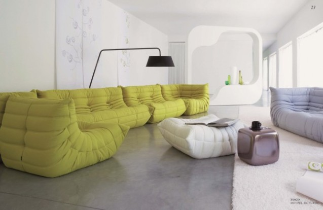 big-couches-in-plain-living-room-665x433