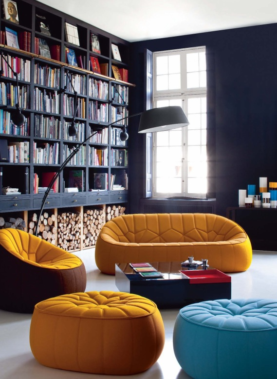 book-rack-in-living-room