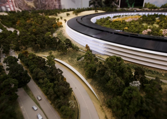 dezeen_Fosters-Apple-Campus-unanimously-approved_ss_16
