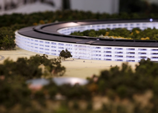 dezeen_Fosters-Apple-Campus-unanimously-approved_ss_18