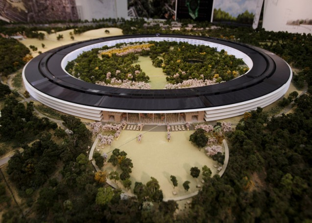 dezeen_Fosters-Apple-Campus-unanimously-approved_ss_2
