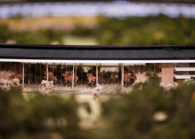 dezeen_Fosters-Apple-Campus-unanimously-approved_ss_7